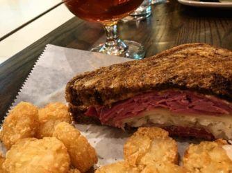 Food Pairing: Hi-Res (by Sixpoint), a Reuben, and Tots… the perfect trio