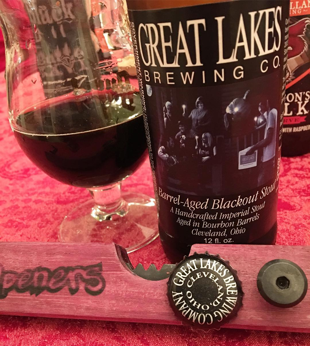 @glbc_cleveland 2015 Barrel Aged Blackout Stout - lots going on here. This is definitely full of flavor.