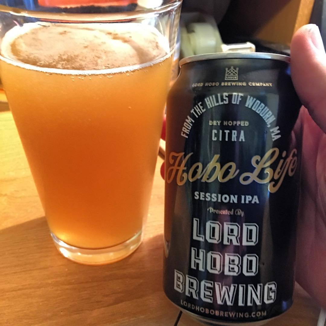 @lordhobobrewing Hobo Life Citra Session IPA - this looks to be unfiltered which makes me so happy. Especially for a session IPA