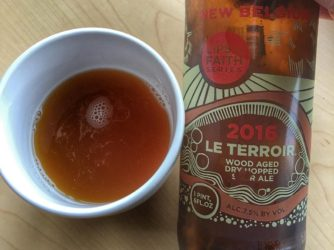 Review: Le Terroir Wood Aged Dry Hopped Sour Ale by New Belgium Brewing Co.